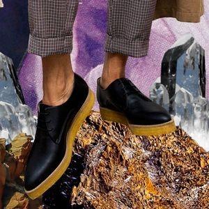 Sydney brown shoes